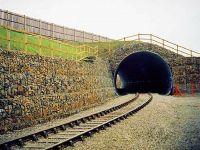 Подпорная стена на ЖД путепроводе